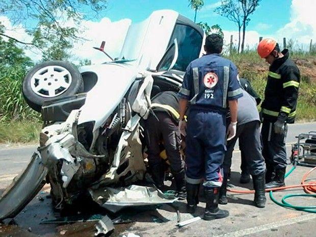 Acidente ocorreu na manhã desta terça-feira (Foto: Ronildo Brito/Teixeira News)