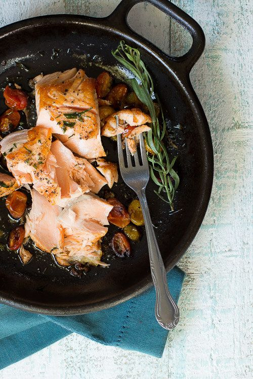 Try this tender and #juicy Cast Iron Skillet Seared Salmon for dinner tonight. It's a dish the whole family will enjoy.