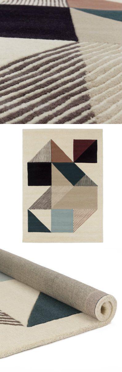 Holen Sie sich mit unserem Teppich Belonia dänisches Design und echte Handwerkskunst nach Hause. Der stilvolle Teppich wird aus reiner Wolle von Hand getuftet, sodass er sich sehr weich unter den Füßen anfühlt. Ein abstraktes geometrisches Muster ist zudem ein Vergnügen fürs Auge und macht den Teppich zu einem Accessoire, das besonders Designfans begeistern wird.