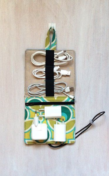 Reiseetui für alle Kabel, praktisches Reiseaccessoire / travel organizer for electronics, how to pack your bag made by Linen Patch via DaWanda.com