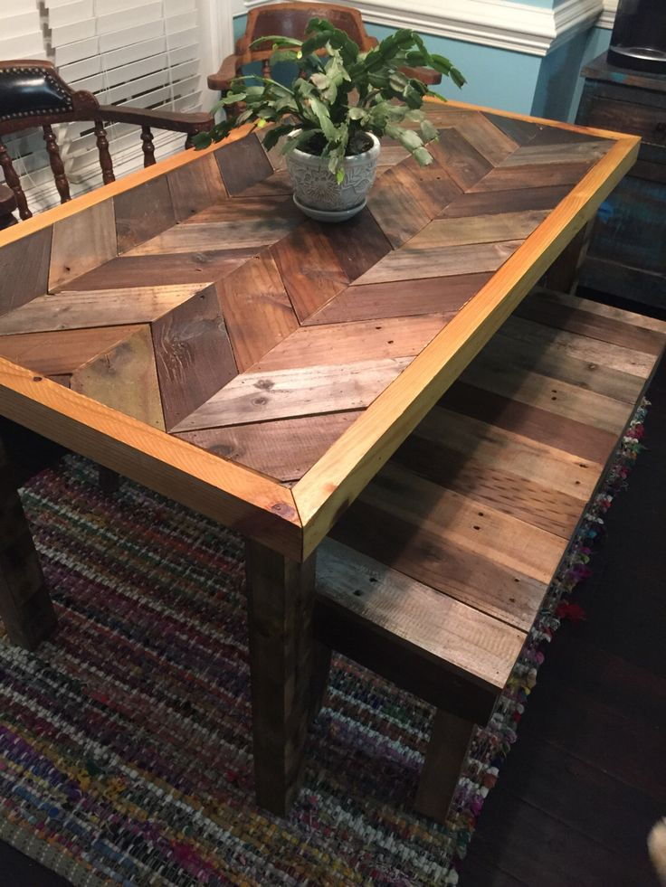 Reclaimed Pallet Wood Chevron Pattern Table by WoodDesignCulture on Etsy https://www.etsy.com/listing/238824867/reclaimed-pallet-wood-chevron-pattern
