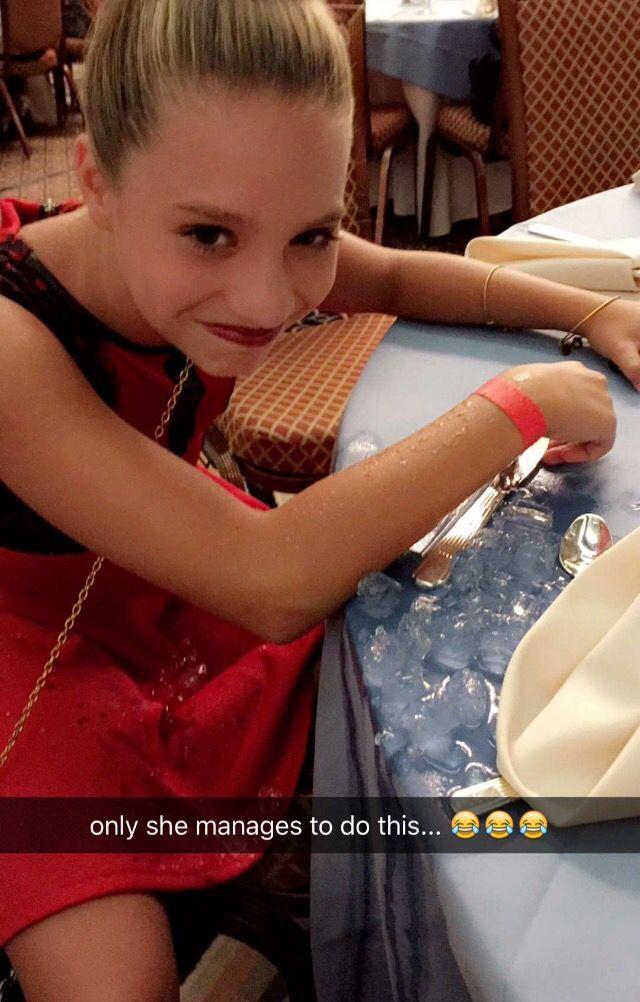 Mackenzie Ziegler Snapchat 2015