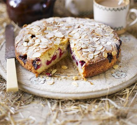 Mmmm my favourite, bakewell cake. This one's made with raspberry...I'd use the traditional cherry but still. Delish.