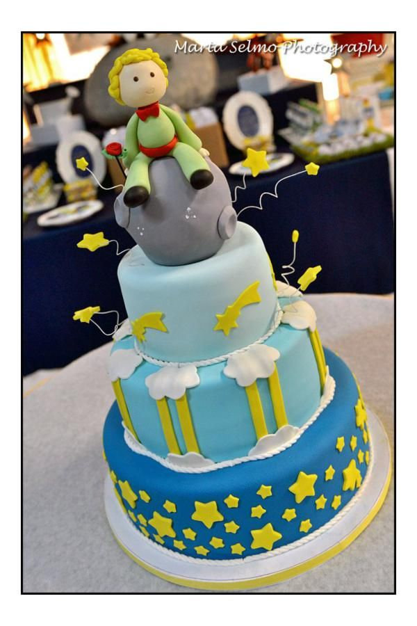 What a sweet Little Prince (Petit Prince) cake.