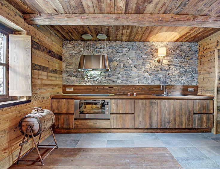 Oltre 25 fantastiche idee su cucine da baita su pinterest for Disegni di cabina di log gratuiti