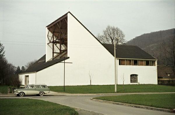 Wilhem Holzbauer, Parscher Pfarrkirche Zum Kostbaren Blut (1961) Salzburg, Austria