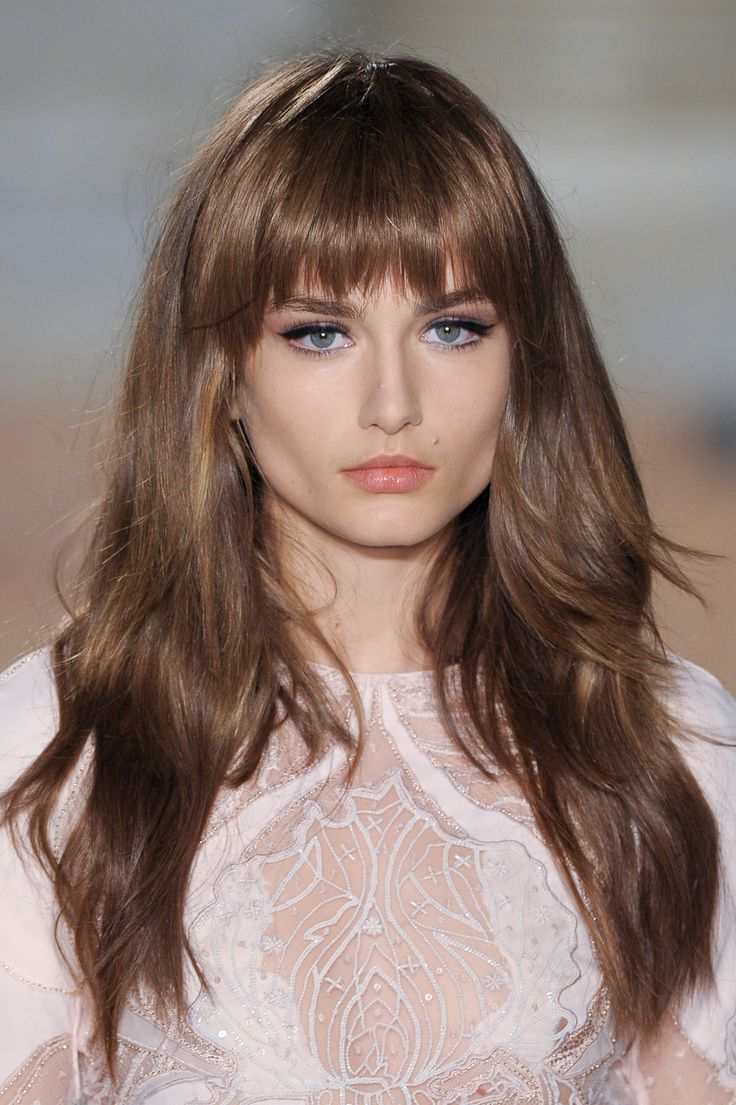 Emilio Pucci at Milan Fashion Week Fall 2013 | Teased hair, Hair beauty, Hairstyles with bangs