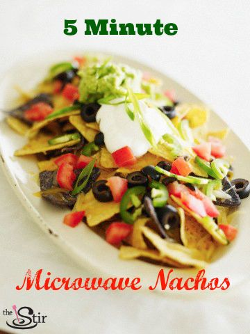 To-Die-For Restaurant Nachos Recipe You Can Make in 5 Minutes