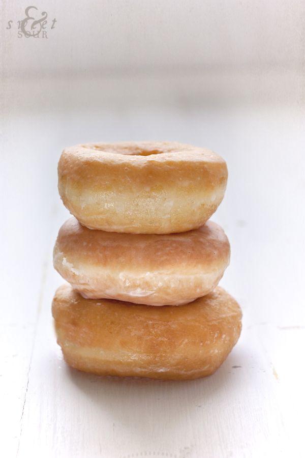 Sweet & Sour: DONUTS. Paso a paso, receta y consejos para conseguir el donut perfecto.