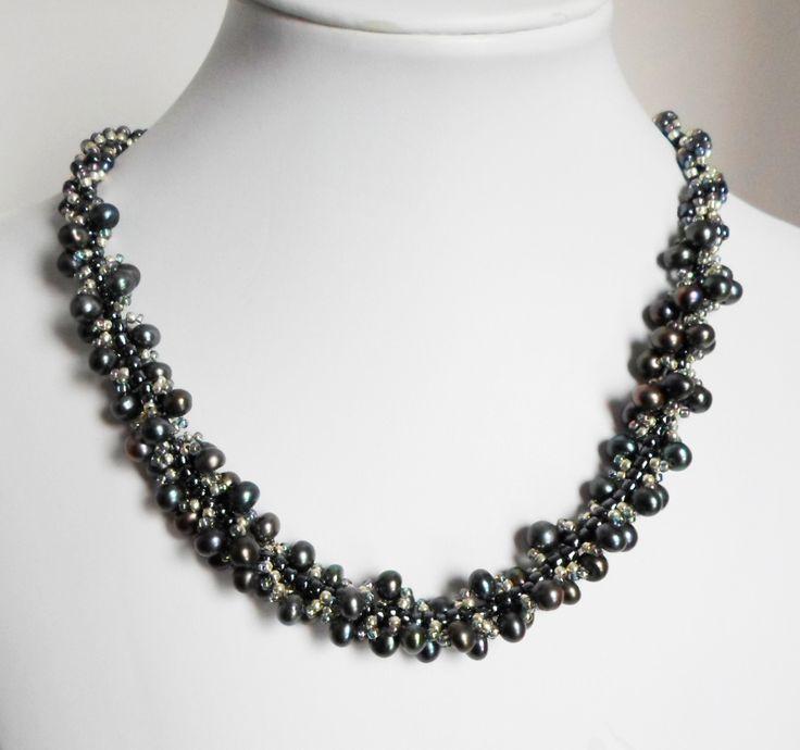 3010 Freshwater Pearl necklace by Darlene Pfahl
