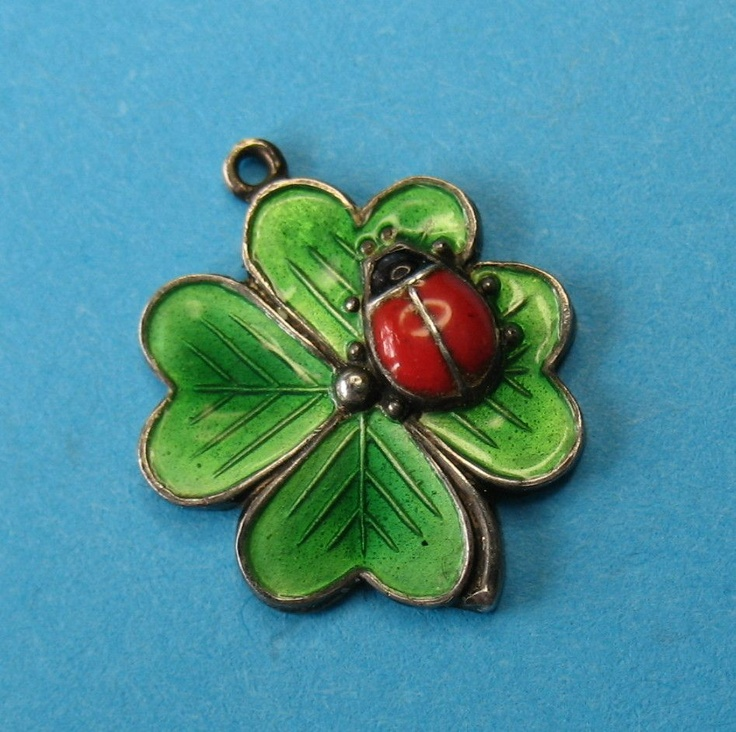 205 Best Charmed Images On Pinterest Antique Jewellery