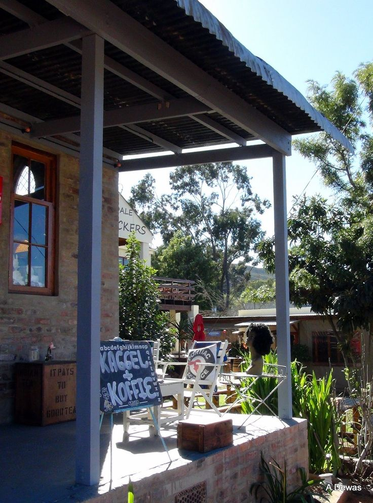 Barrydale is a village located on the border of the Overberg and Klein Karoo regions of the Western Cape Province in South Africa Diesel & Creme