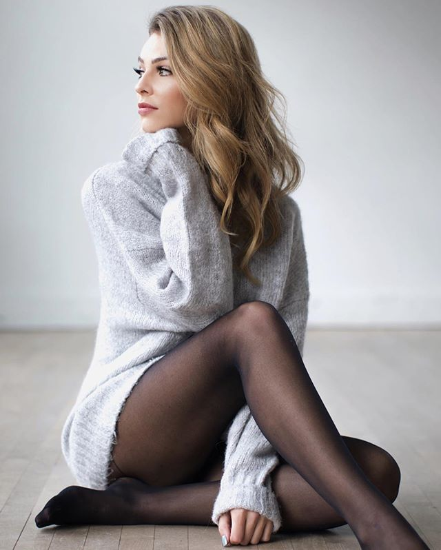 Melissa Merk || Comfy Gray Sweater Dress With Stockings.