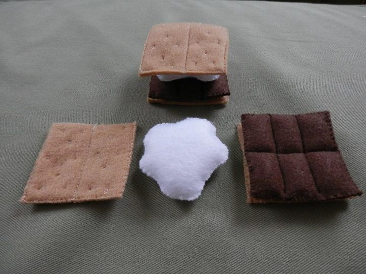 Felt S'mores for texscrapper in the OWS78