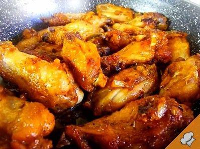 Куриные крылышки в чесночном соусе