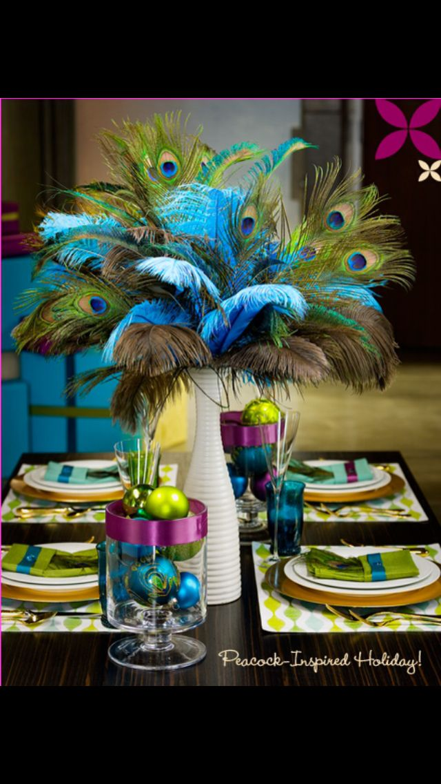 Love the use of peacock feathers in