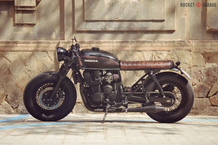 Honda CB750 SF Brat Style with FOUR tank by Overbold Motor Co. #motorcycles #bratstyle #motos   caferacerpasion.com
