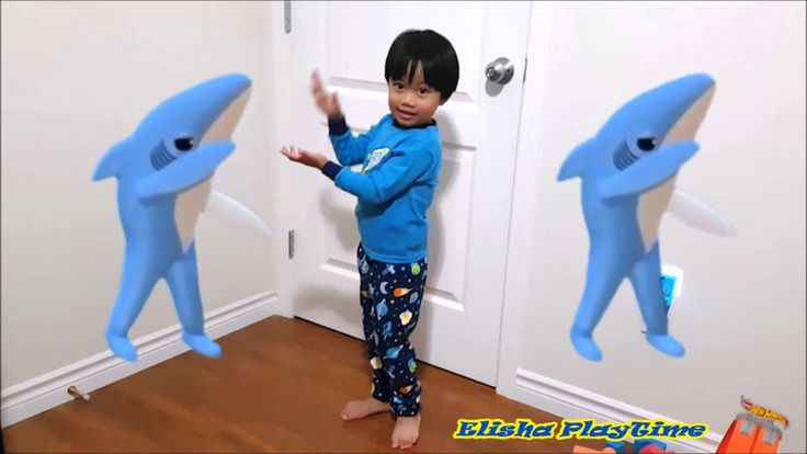 CUTEST BABY SHARK DANCE CHALLENGED