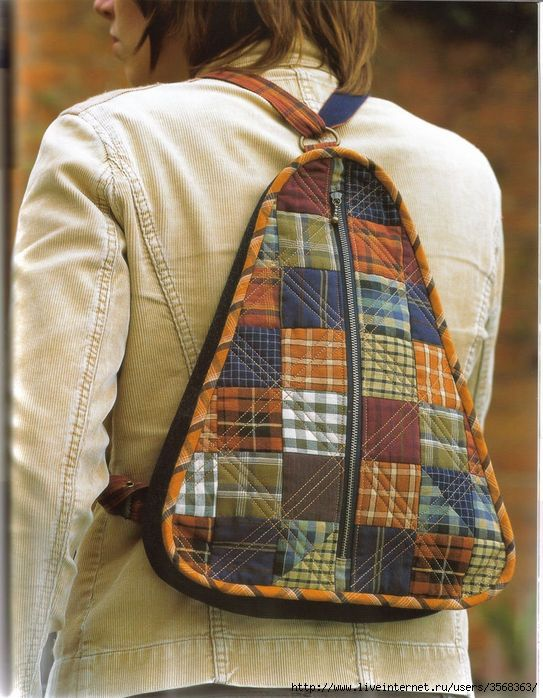 2 backpacks with tutorial/pattern: In Russian, but Google translate might work well enough.