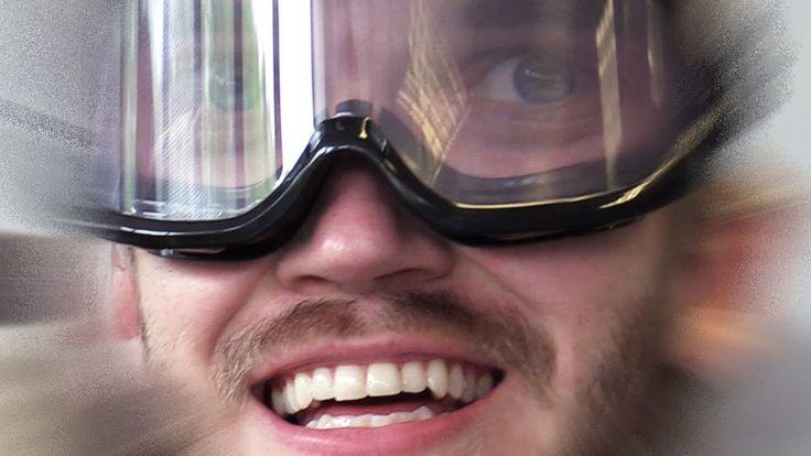 THESE GLASSES MAKES YOU DRUNK - WATCH VIDEO HERE -> http://philippinesonline.info/trending-video/these-glasses-makes-you-drunk/   Buzzfeed pewdiepie here to test out these drunk glasses MY SETUP Video credit to the YouTube channel owner