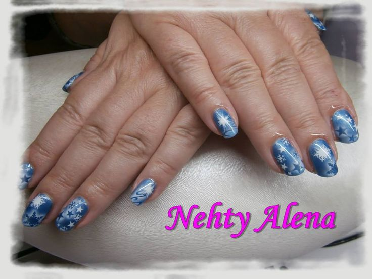 Airbrush - nail design dle mě ;) zima, vánoce, sníh, vločky