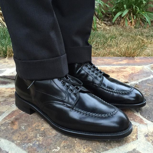 mdubsonsf Alden Black Shell Cordovan Grant-Lasted Indy Boot. Marcoliani Black Argyles OTC. Epaulet Charcoal Houndtooth Walt Trousers. #AldenArmy #AldenShoes #BlackShellCordovan #Horween #ShellCordovan #DailyLast #ShineYourShoes #AldenDC #Epaulet 2016/08/31 00:11:09