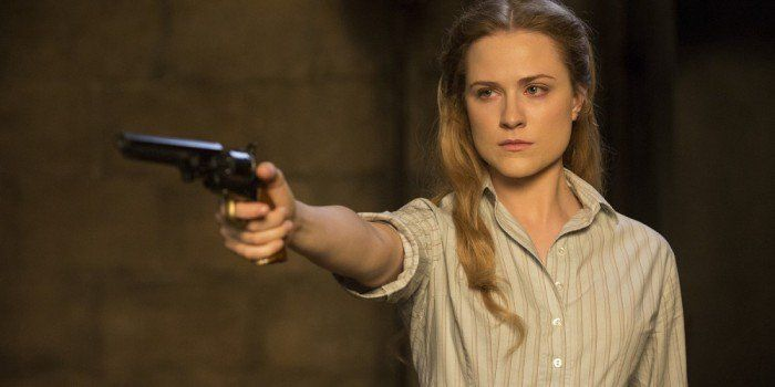 "Decoding Westworld S1E05 – Contrapasso (Plus Bonus Ep. with Director Vincenzo Natali) http://filmanons.besaba.com/decoding-westworld-s1e05-contrapasso-plus-bonus-ep-with-director-vincenzo-natali/  David Chen and Joanna Robinson recap the fifth episode of the first season of Westworld, ""Contrapasso."" Also, David interviews Vincenzo Natali, director of last week's episode, ""Dissonance Theory."" Be sure to read Joanna's new theory about the two timelines, Matt Singer's recap of the episode, Alan…"