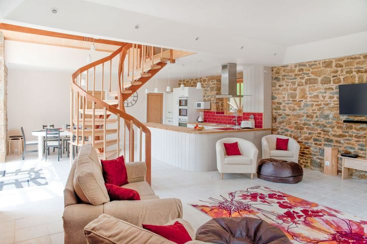 Gorgeous modern bed barn conversion in #Brittany countryside just an hour from #StMalo or #Rennes - includes 4 bedrooms with #disabled #accessible ground floor en-suite bedroom -#accessibletourism