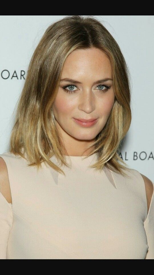 Emily Blunt - gorgeous natural makeup