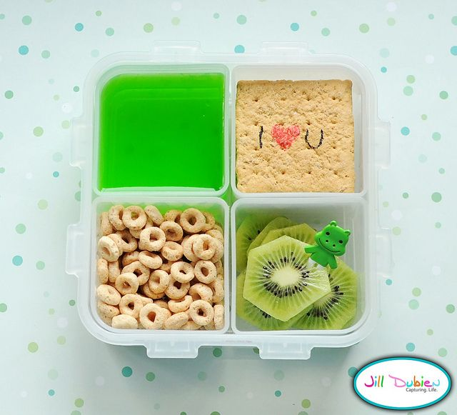 Morning Snack BentoBento Lunches, Bento Boxes, For Kids, Lunches Snacks Ideas, Cute Ideas, Jello Fun, Green Jello, Lunches Boxes, Lunches Ideas