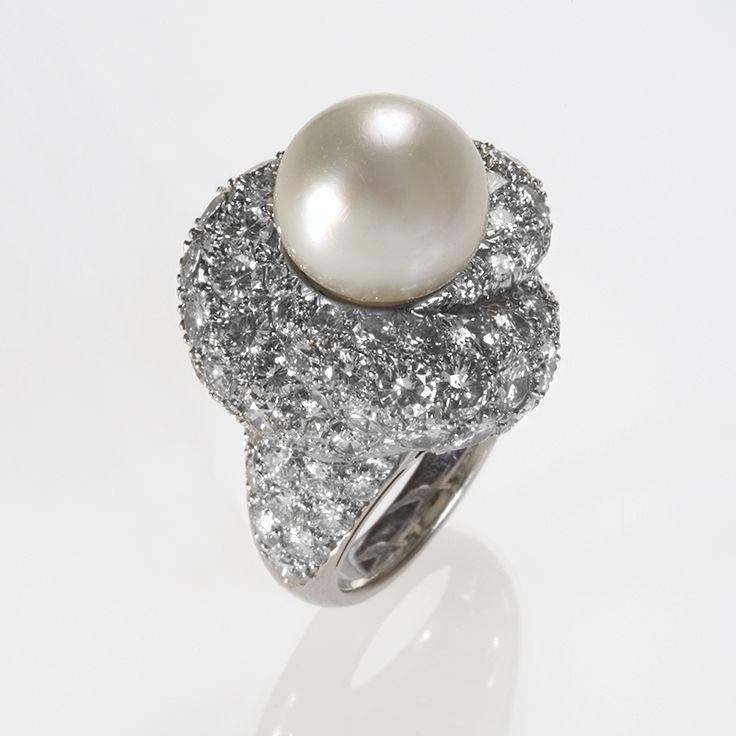 Antique Platinum Pearl Ring