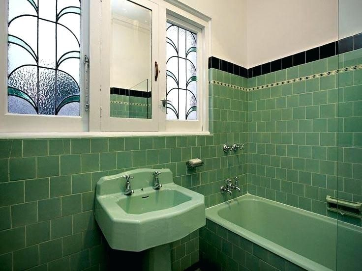 Art Deco Bathroom Tiles Uk This Might Be Nice With White Tiles And A Green Black Border Art The Sh Art Deco Bathroom Tile Green Tile Bathroom Art Deco Bathroom