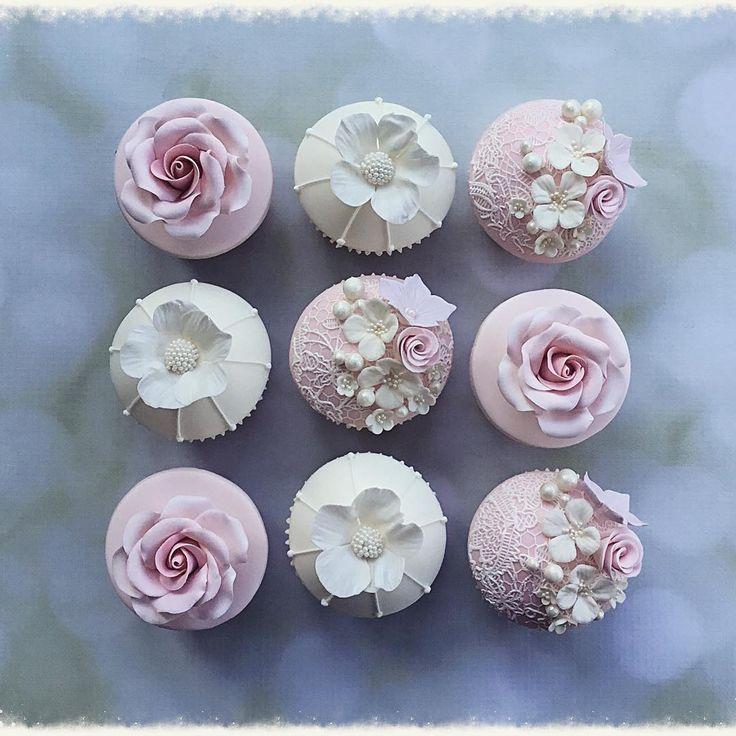 Ivory & Pink Vintage Cupcakes