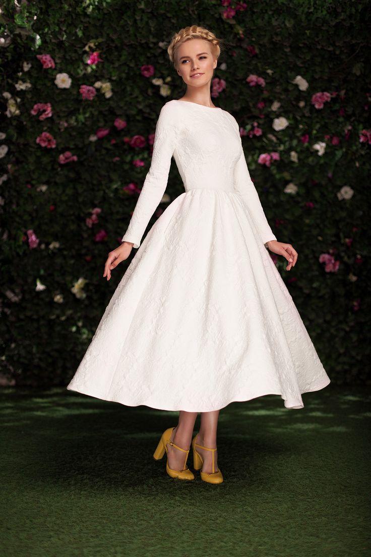 Платье «Аврора» миди белое — 27 990 рублей