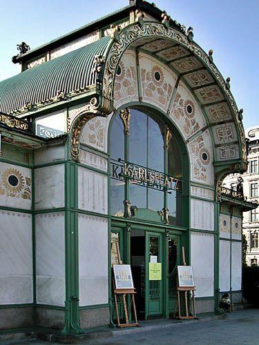 Chpt 20: Vienna Secession: Karlsplatz Stadtbahn Pavilion  1898-99 by Otto Wagner. Vienna, Austria.