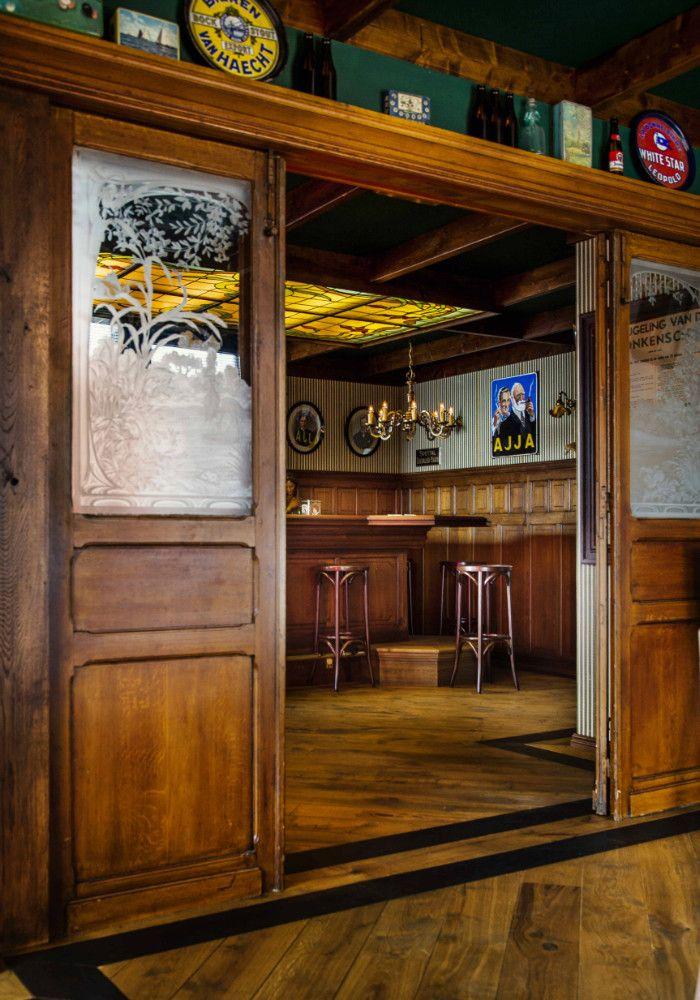 Grand Café interieur | Café | Horeca Interieurbouw | Mencave | Mancave | Barbouw op maat | Bruin Café | Horecameubilair | Bar Interiors | English Pubs | Irish Pubs
