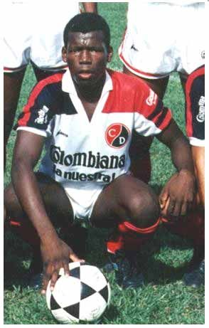 "Faustino ""Tino"" Asprilla (Cúcuta Deportivo FC, 1988–1989, 36 apps, 17 goals)"