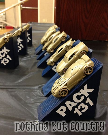 Make Your Own Pinewood Derby Trophy -NothingButCountry.com