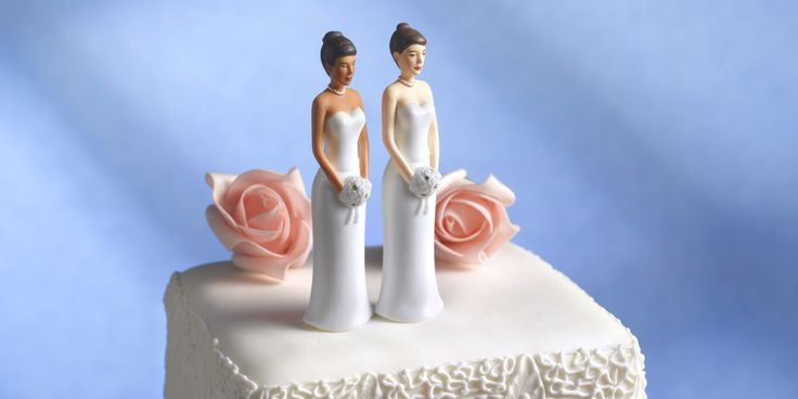 The owners of an Oregon bakery who turned away a lesbian couple who sought a wedding cake violated the state's anti-discrimination laws, state officials announced Feb. 2.   The Oregon Bureau of Labor and Industries ruled that Aaron and Melissa Klei...