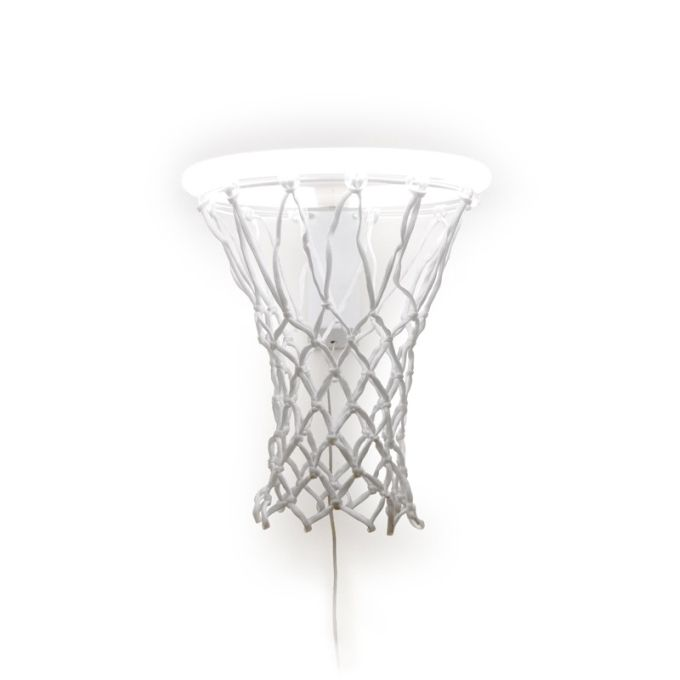 Seid ihr auf der Suche nach einer exklusiven Lampe für euren Basketballspielenden Freund? Kein Stress, schaut euch Dunk an die Lampe für Basketballer.
