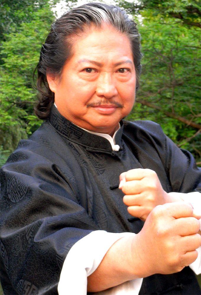 15 Transformasi Sammo Hung, si paman jago kungfu yang kini makin gagah,