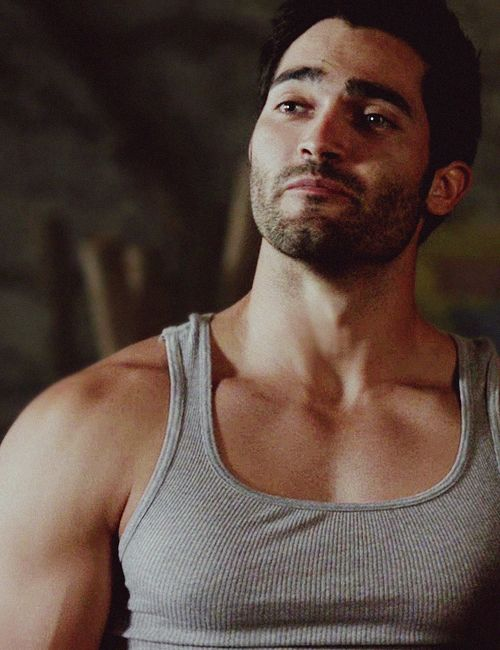You 're Talkin' to me ?  Oh ! No Mr Tyler Hoechlin ,I'm looking at your chest .  ;))