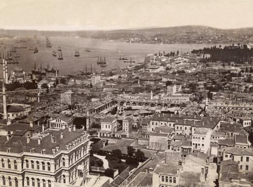 """1890 - Nerede o eski İstanbul - İstanbul'un 1700'lerden 1900'lere, bazılarının belki de hiç görmediği birbirinden güzel fotoğraf kareleri sıralandı. İşte tarihten """"Nerede o eski İstanbul"""" dedirten manzaralar..."""