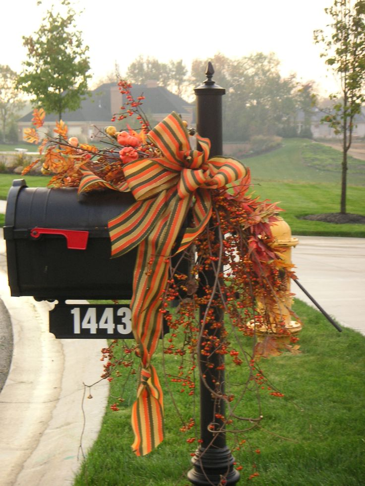 Autumn Mailbox Swag