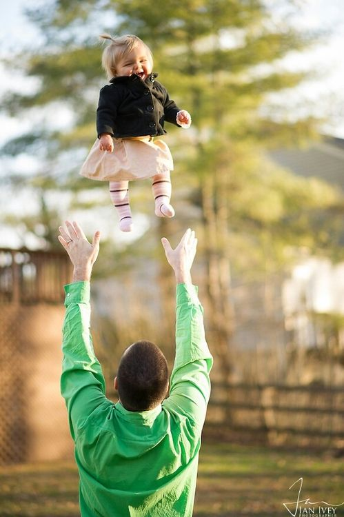 Best Daddy Little Baby Images On Pinterest Baby Photos - Playful newborn photoshoot with dad might be the cutest thing ever
