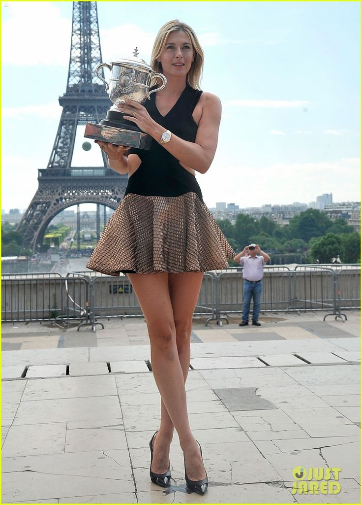 Maria Sharapova Rafael Nadal Poses with her French Open Trophie! 2014
