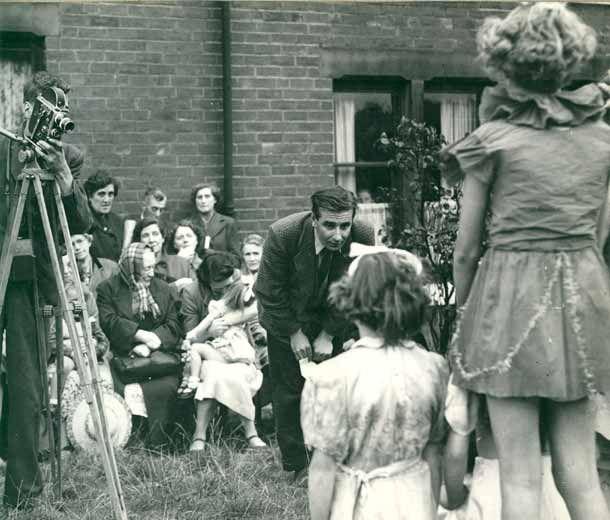 """Wakefield Express"" Lindsay Anderson, 1952."