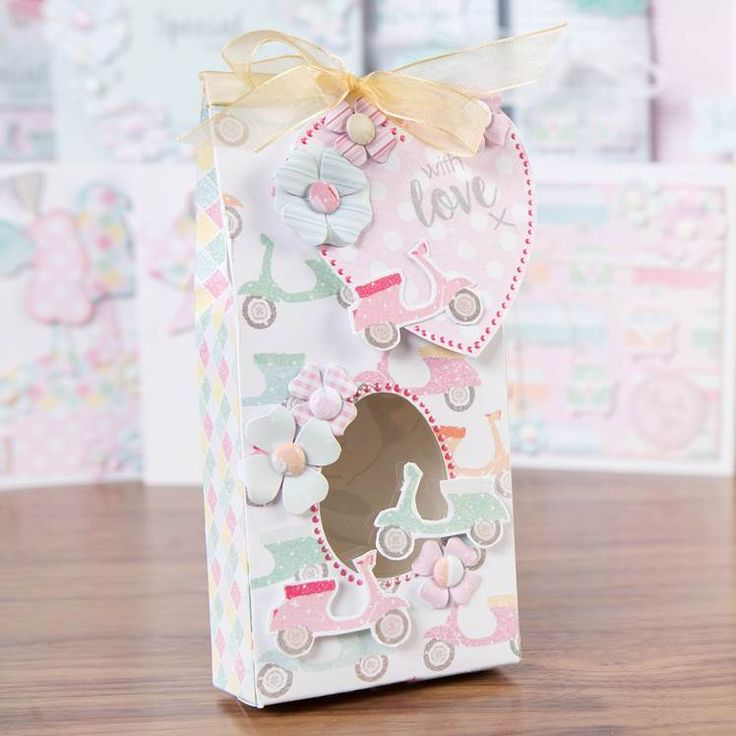 Stunning little gift box made from the @craftworkcards Summer Days! Shop now at C+C: http://www.createandcraft.tv/pp/craftwork-cards-summer-days---cards%2c-ins-345342?p=1 #cardmaking #papercraft