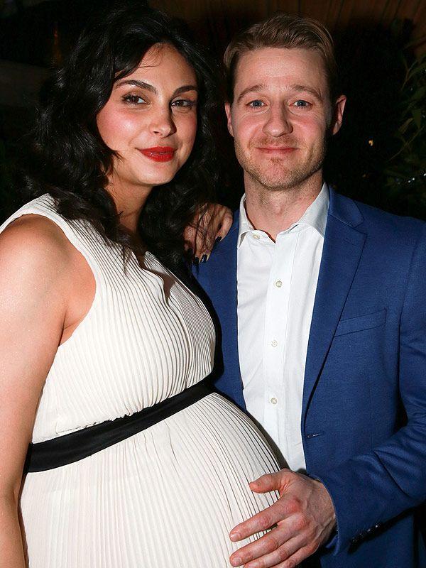 Morena Baccarin pregnant Ben McKenzie