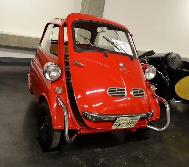 BMW. Автомобильный музей ЛиМей, Такома, Вашингтон (LeMay Museum, Tacoma, WA)